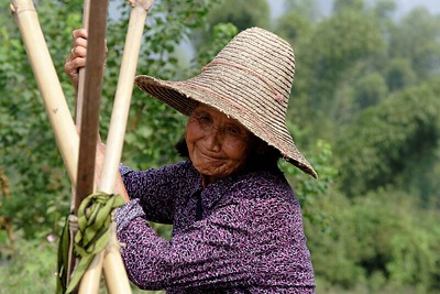 Around Yangshou: Local woman
