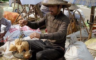 Around Yangshou: Fuli village market