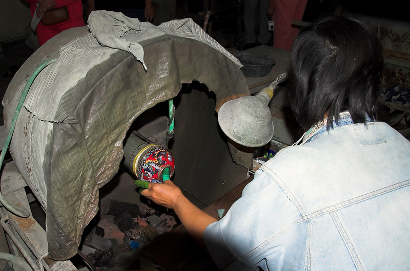 Making Cloisonne (enamelware)