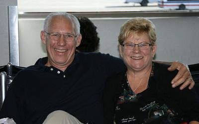 543_9073 Linda&Larry