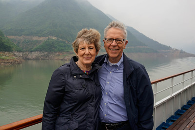 Marilyn and Ken Rogers on Yangtze River