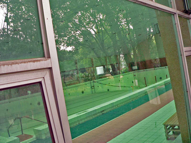 This is the pool at Chairman Mao's Palace