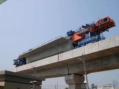 Construction on the high-speed train system that will link Taiwan's north & south