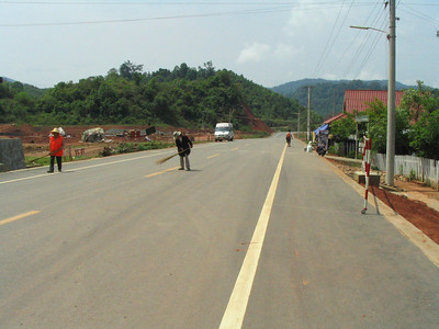 The new road connecting China and Laos.