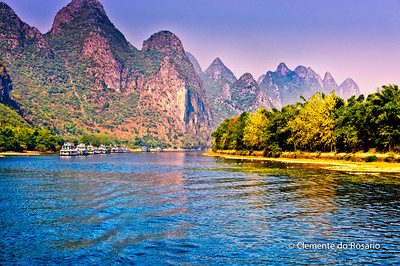 Cruise Boats on Li River, cruising from Guilin to Yangshuo, China