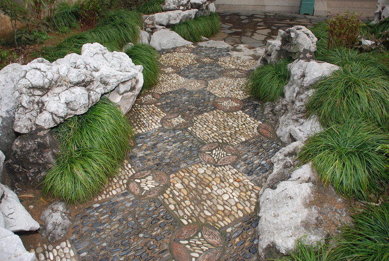 Master of Nets Garden Path