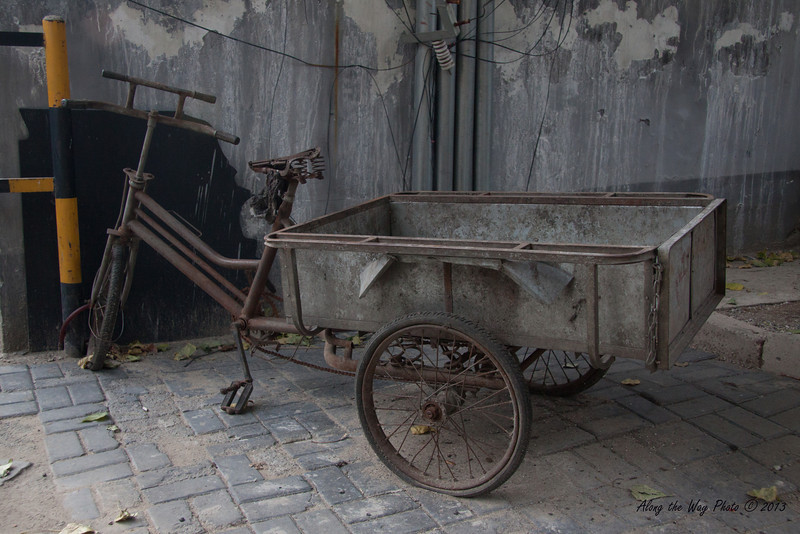 China-1245<br /> Tricycle cart in a Hutong in Beijing, China