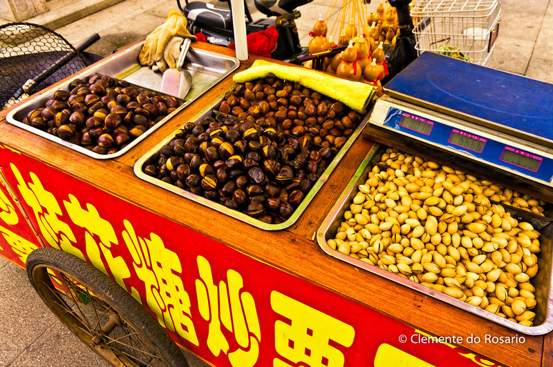 Street vendor cart with chestnuts and pictachios, Wuxi, China