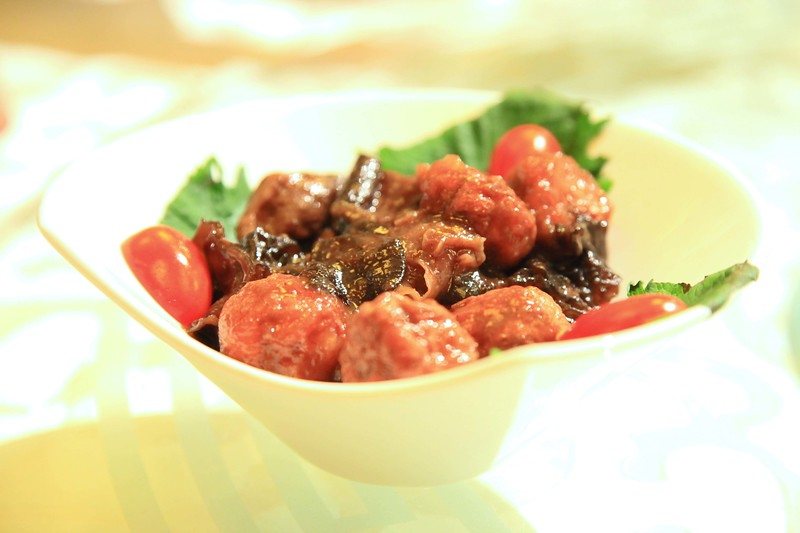 Tofu balls cooked with black fungus in sweet soy sauce - Qingdao