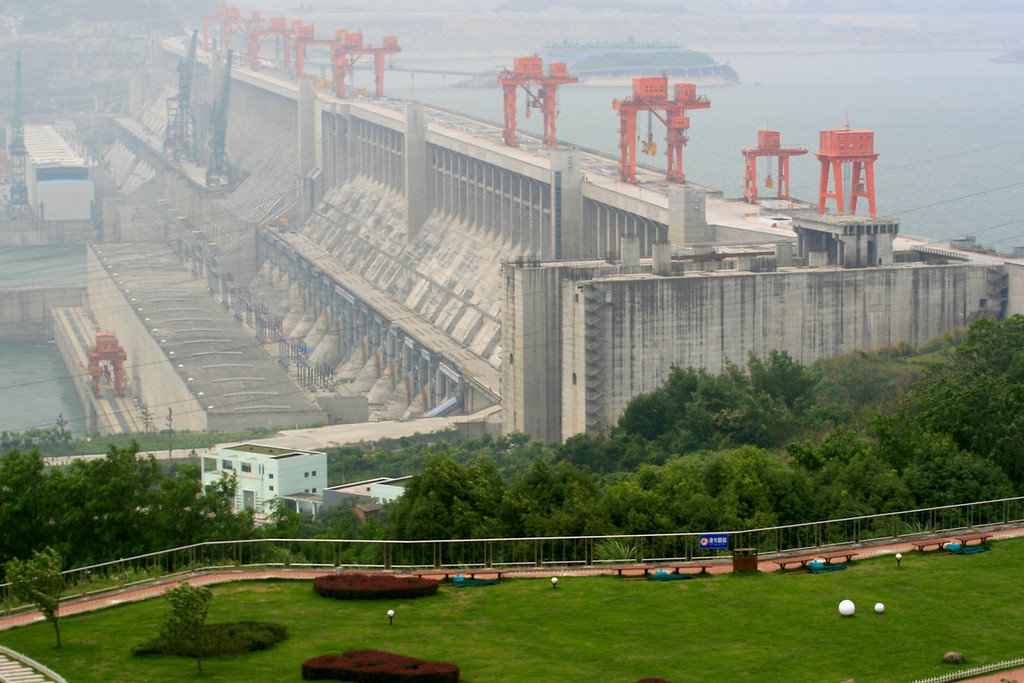 Three Gorges Dam, China<br /> Copyright 2007, Tom Farmer