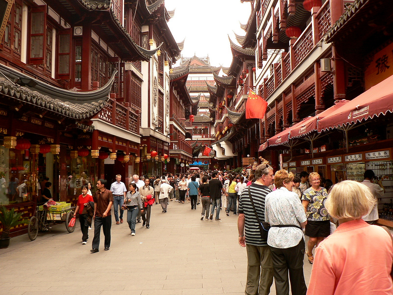 Yuyuan Old Shanghai Shopping district