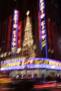 Christmas 2006 in New York City.  © Shams Tarek (www.shamstarek.com)