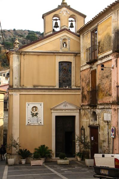 Monterosso Churches-359.jpg