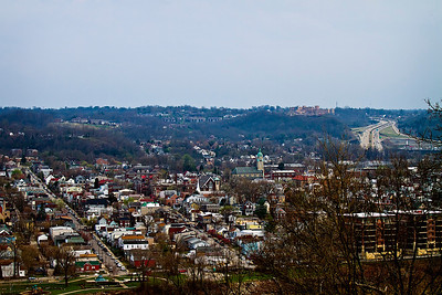 03/15/12 View of Bellevue, Kentucky from Eden Park in Cincinnati, Ohio