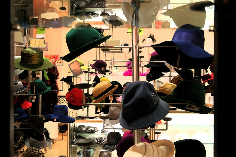 My famous HATS picture.  This photo was taken through the window of the State Street Marshall Fields department store.  It was a neat view as it is almost completely unobstructed by anything other than fancy colorful hats.