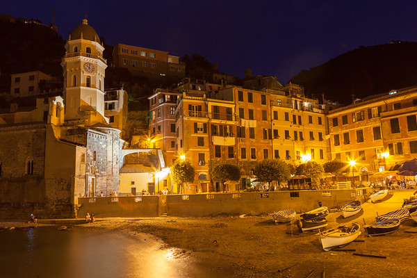 Vernazza at night, Cinque Terre, Italy