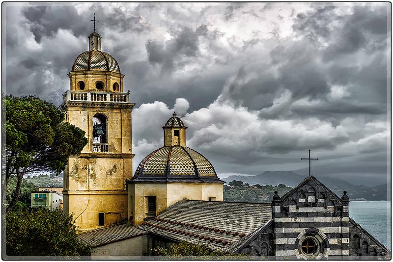 Domes of Saint John Baptist, Corniglia