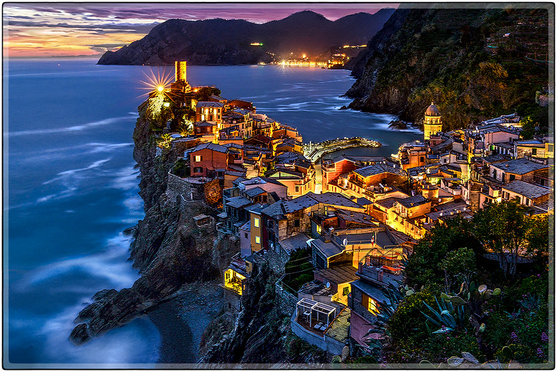 Above the Blue Hour, Vernazza
