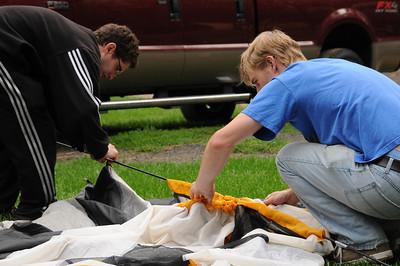 Dan helps Jay with the final teardown of Jay's tent.
