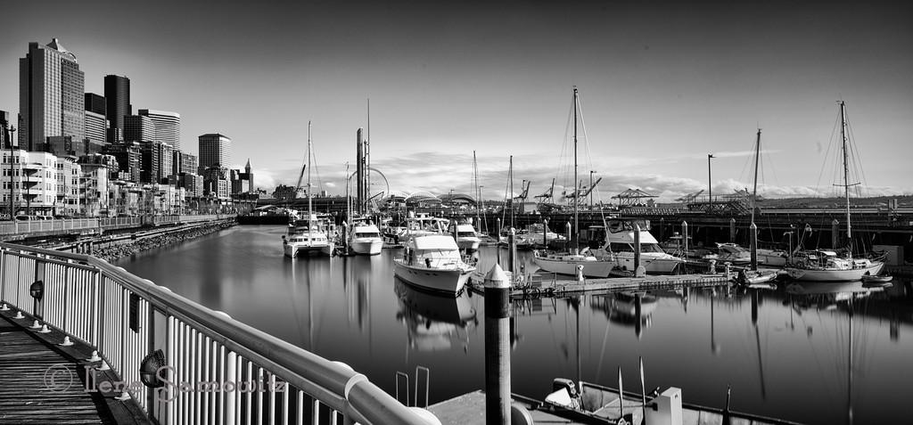 4/2/13 Pier 66 long exposure (209 sec)
