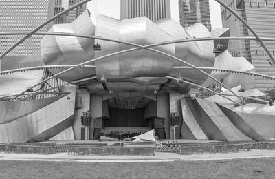 Chicago_Pritzker Pavillion-3