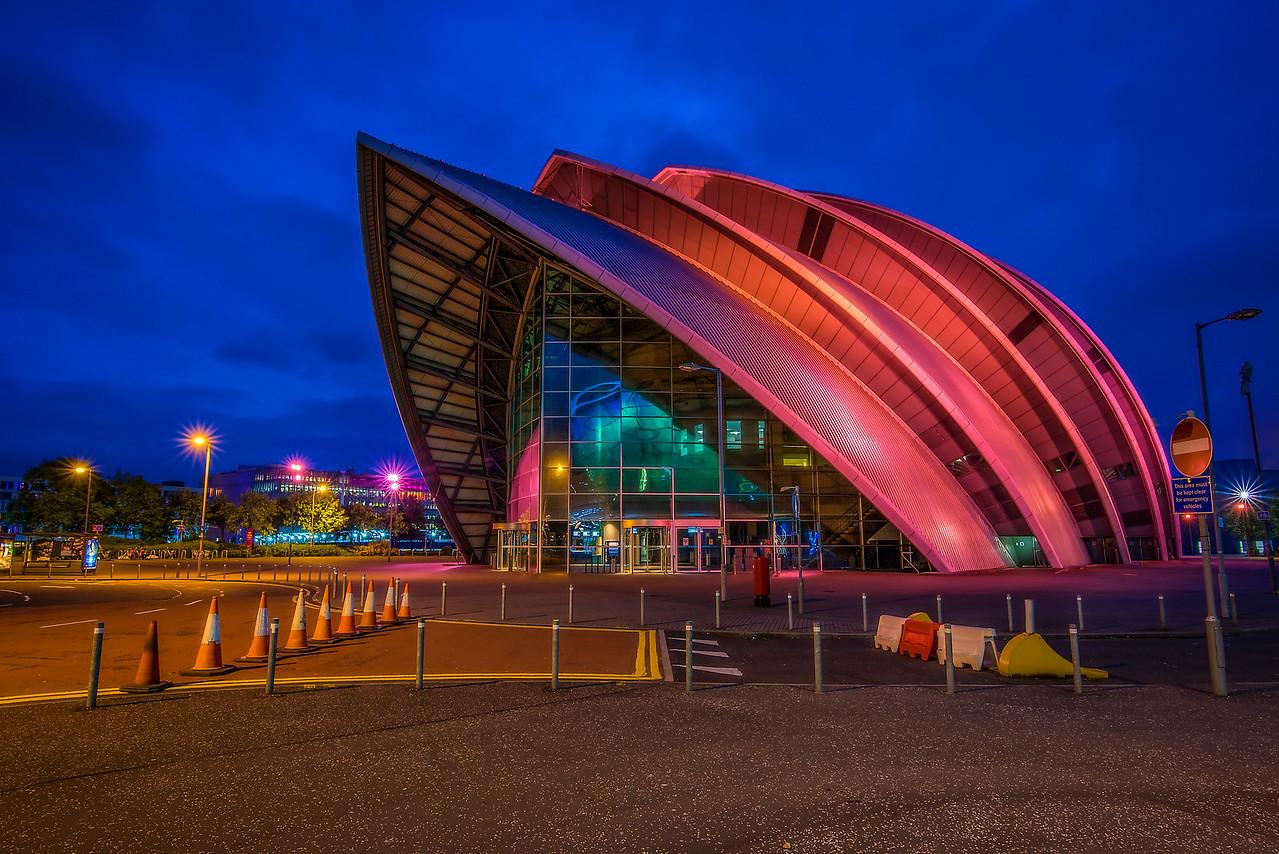 The Clyde Auditorium (32 Bit & Luminosity Masks)