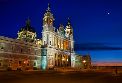 The Almudena Cathedral (Luminosity Masks)