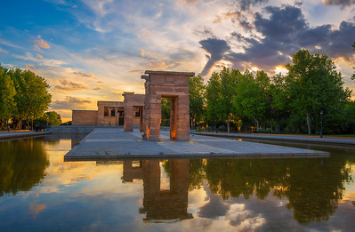 Templo De Debod (Luminosity Mask)