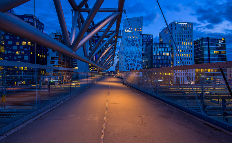 The Akrobaten Pedestrian Bridge (Luminosity Masks)