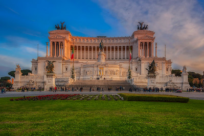 Altare della Patria at Sunset (Oloneo PhotoEngine)