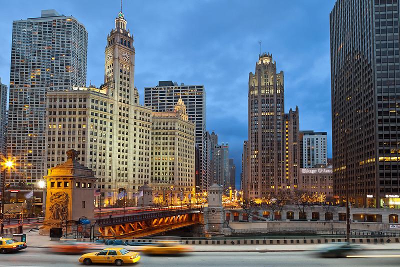 Chicago ... twilight atmosphere.#44