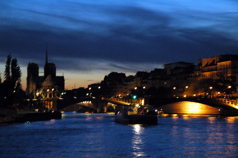 June 11th, 2006.<br /> The seine at night.