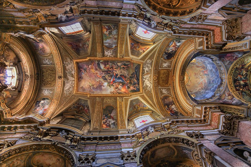 Ceiling of Santa Maria Maddelena.