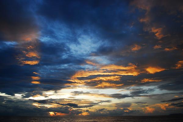 Clearing storm at Sunset, Anilao, Philippines. &#169: Jon Bertsch