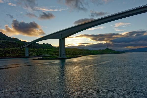 Fjord engineering, low light.