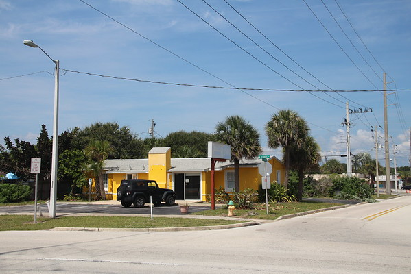 Cocoa Beach Weddings Surfside Wedding Chapel at A1A and 3rd Ave North