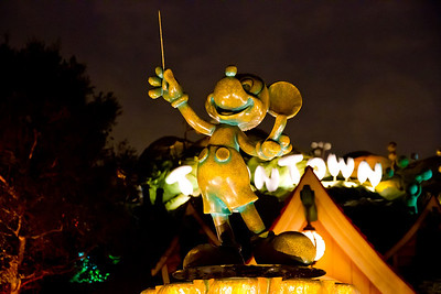 Toon Town by Night - Disneyland (Jan 2013)