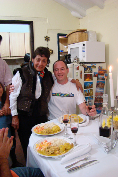 Angelica's Mom Gladis made a wonderful meal. Mucho Gracias Gladis!!!!