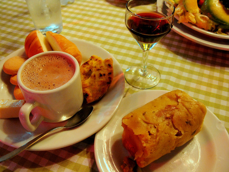 I ended up with some of my favorite Colombian things: chicken-and-beef tamale, hot chocolate and cheese, arepa, bread, cookies. And some reeeally bad wine.