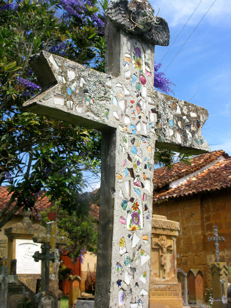 a gorgeous mosaic cross