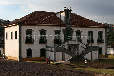 A view of the Camera e Cadeia (Chamber and Jail) building in Mariana, the oldest city in Minas Gerais state, founded in 1703. The town was the first capital of the state and the building served as the government seat. Development of the region was fueled by the discovery of gold in the 18th century, which is the reason for the multitude of colonial cities. Today the state still depends on mining, but now it is iron-ore and other industrial minerals. (Australfoto/Douglas Engle)