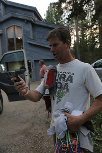 Mike gets a text from Scott Jurek.  What!?