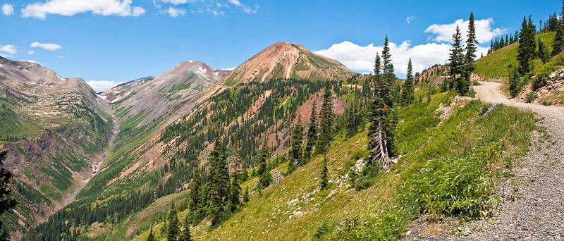 Panorama. Yule Pass, Treasury Mtn, Cinnamon Mtn & the Slate River Road leading to Paradise Divide at the base of Cinnamon Mtn. From Paradise Basin the road leads on to Schofield Pass and back to Crested Butte.