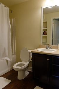 Jack's Apartment - Bathroom