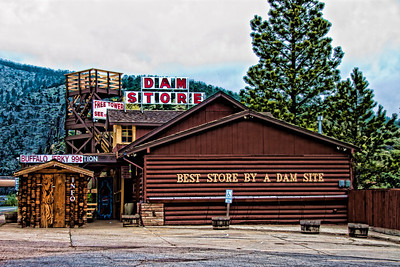 The Dam Store heading into Estes Park