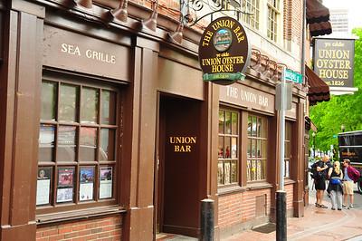 Oldest restaurant in America.