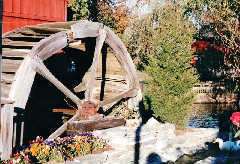 Waterwheel - Mystic Seaport Village, Mystic, CT  10-23-98