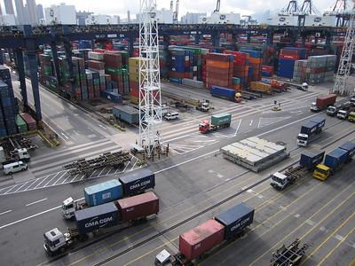 Met een containerschip van Hongkong naar Rotterdam