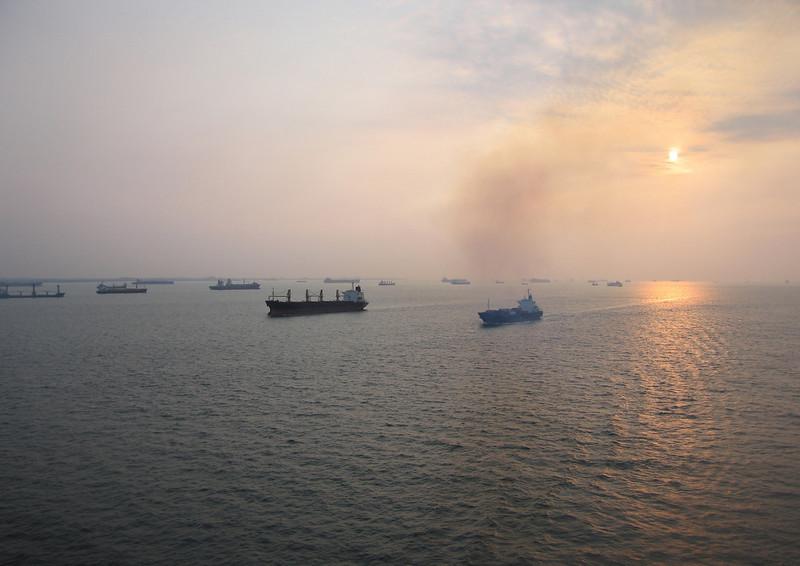 Drie dagen varen van Yantian naar Singapore
