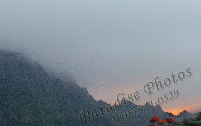 Pali sunset behind mtns 040112 4166